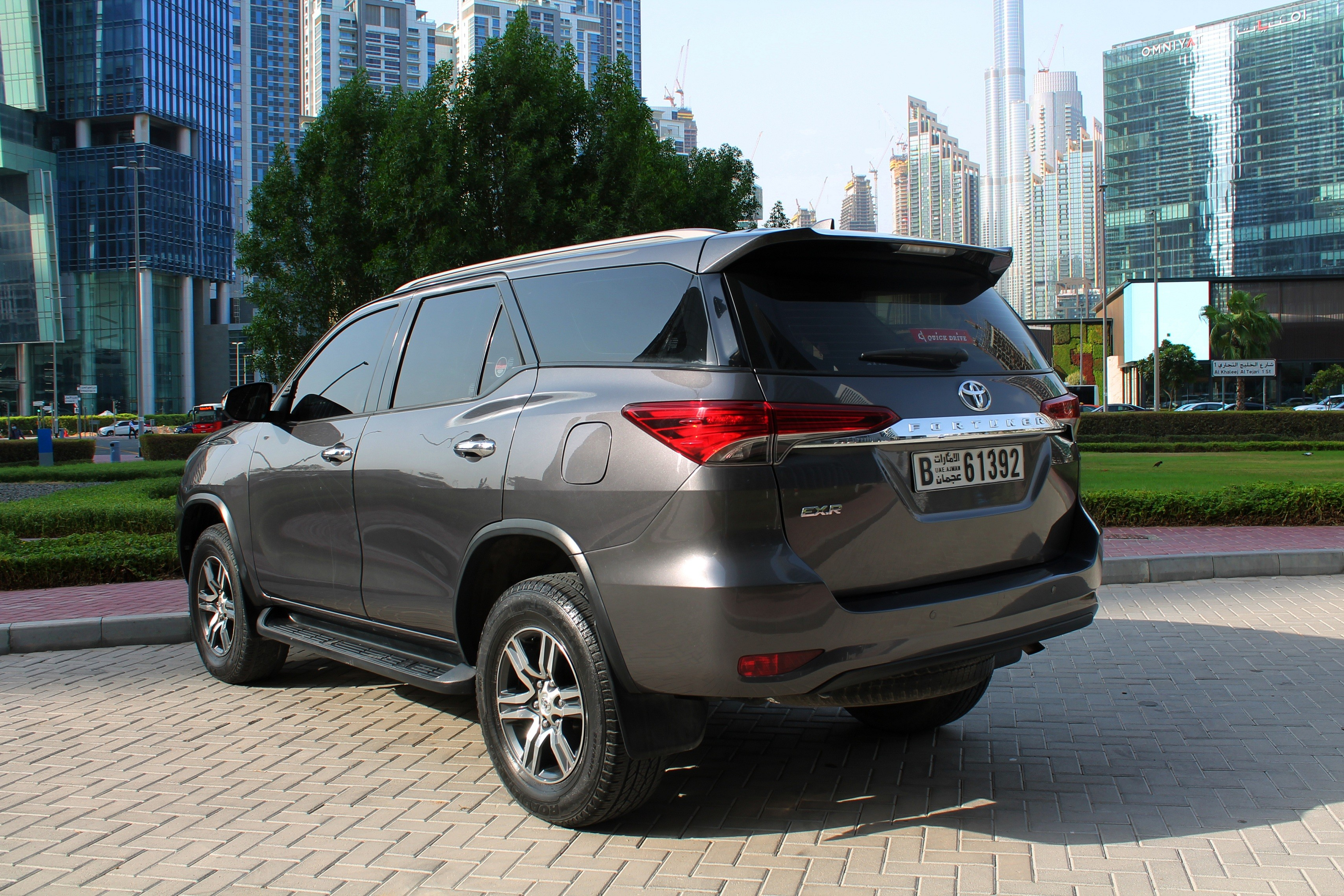 https://quickdrive.ae/uploads/2020/07/22/3 fortuner.jpg