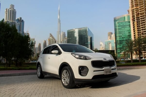 https://quickdrive.ae/uploads/2021/02/12/Kia-Sportage-2018.jpg