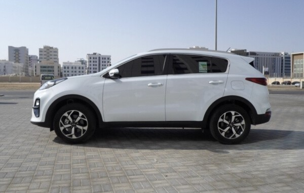 https://quickdrive.ae/uploads/2021/02/12/Kia-Sportage-2019.jpg