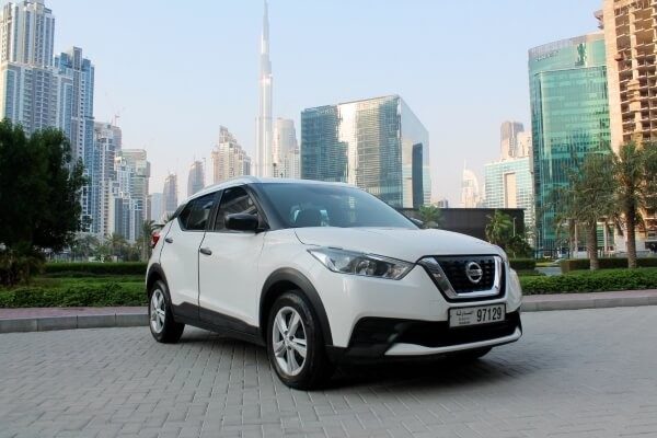 https://quickdrive.ae/uploads/2021/02/12/Nissan-Kicks-2019.jpg