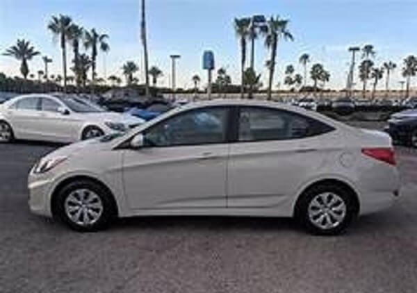 https://quickdrive.ae/uploads/2021/02/12/hyundai-accent.jpg