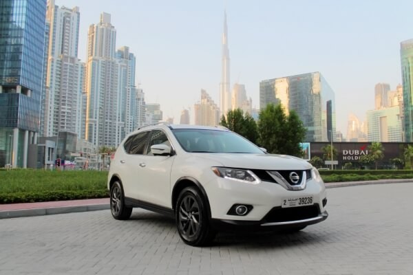 https://quickdrive.ae/uploads/2021/02/12/nissan-xtrail-2016.jpg