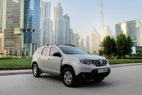 https://quickdrive.ae/uploads/2021/02/12/renault-duster.jpg